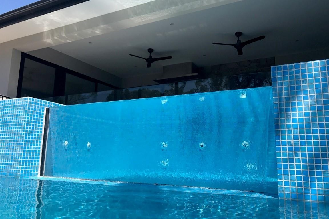Acrylic Pool Windows Melbourne